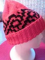 Hat_entwined_mosaic_hat_pic_small2